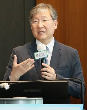 CAR-T 첫 치료제 '김 리아'의 숙제